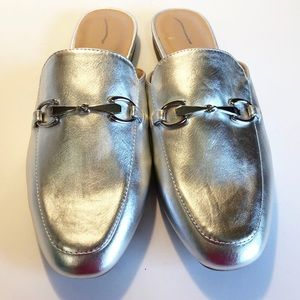 MERONA Women's 10 Silver Slip-On Low Heel Loafers